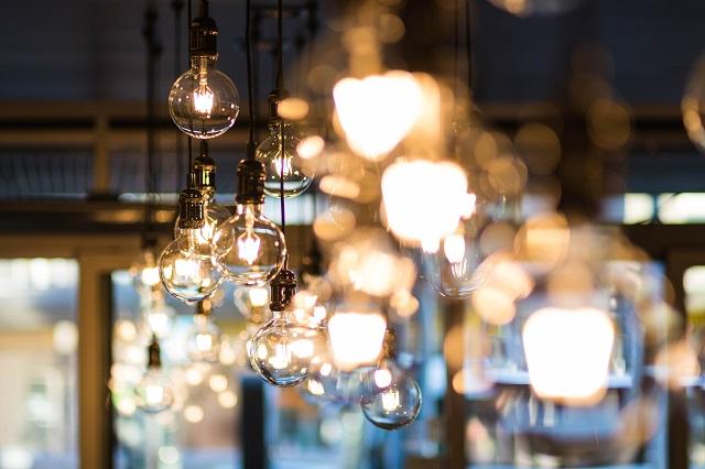 Series of light bulbs hanging