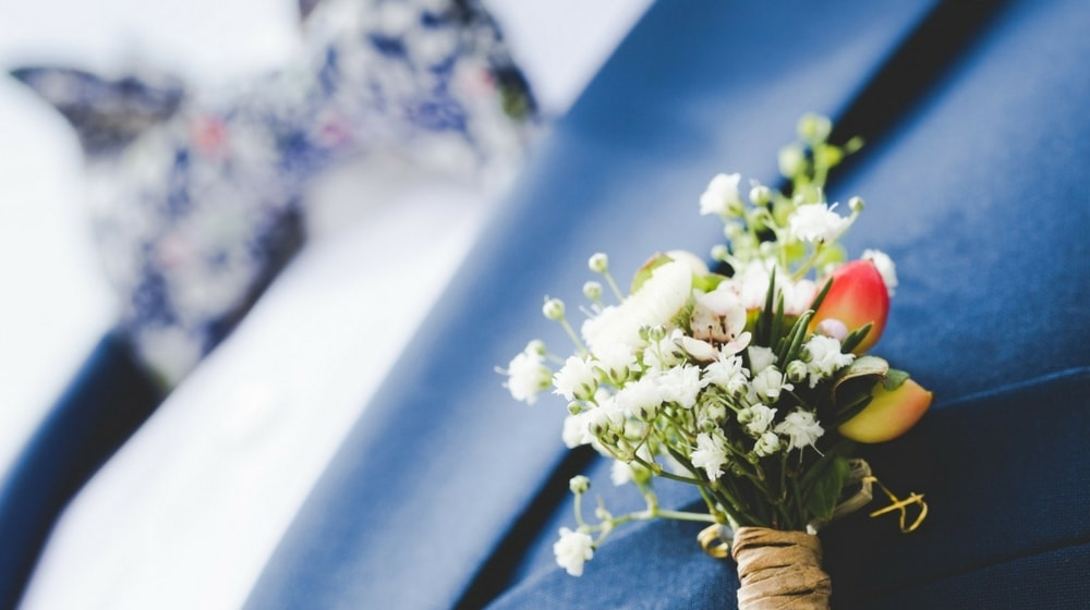 How to become a wedding officiant - GoDaddy Blog