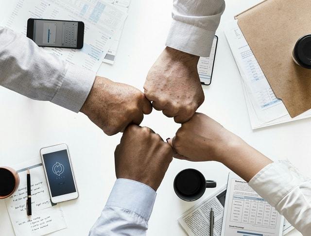 Cross Marketing Teamwork