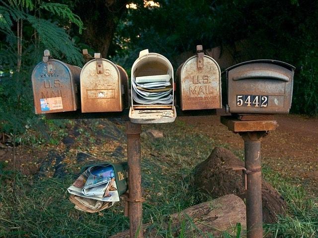 Custom Email Box