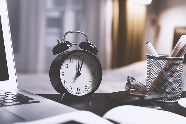 Customer Service Performance Metrics Clock