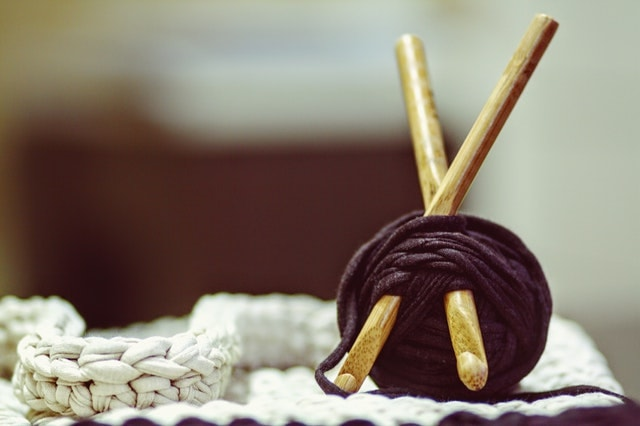 Email Newsletter Ideas Yarn With Knitting Needles