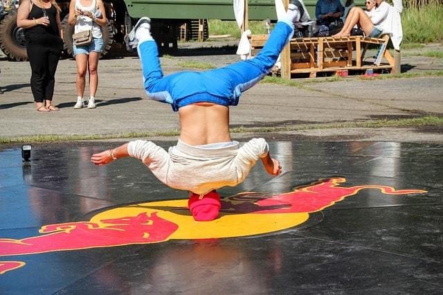 Guerilla Marketing Breakdance