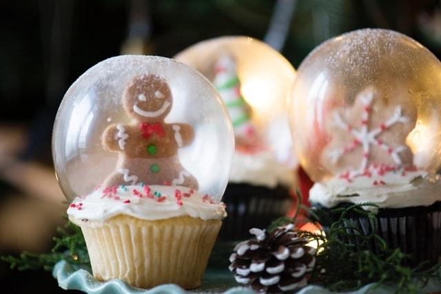 Holiday Cupcakes Represent Blog Content Idea
