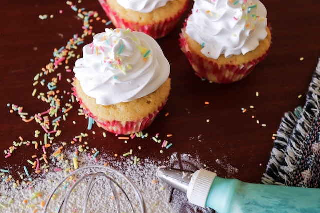 Home Business Ideas Decorating Cupcakes Frosting and Sprinkles