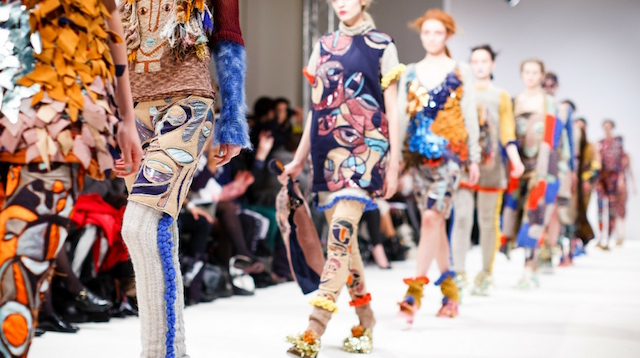 How to Start a Fashion Blog Runway