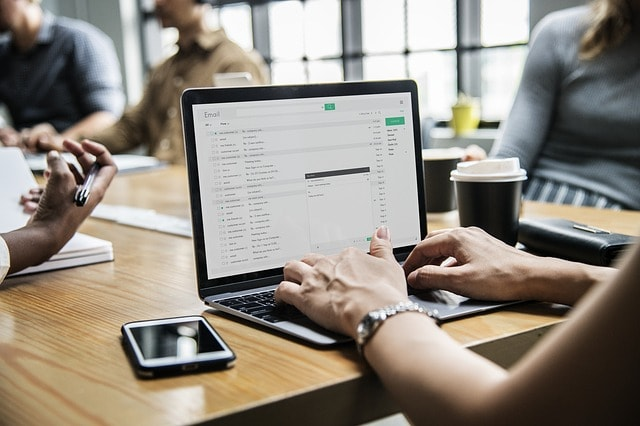 How To Start A Web Design Business Email Communication