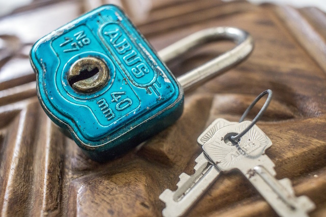 Independent Insurance Agents Padlock
