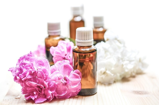 Local Massage Therapist Oils