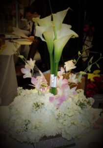 MaryJane's Flowers & Gifts Lily