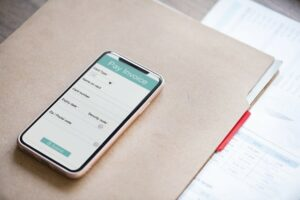 New Year's Resolutions Entrepreneurs Invoice On Smartphone