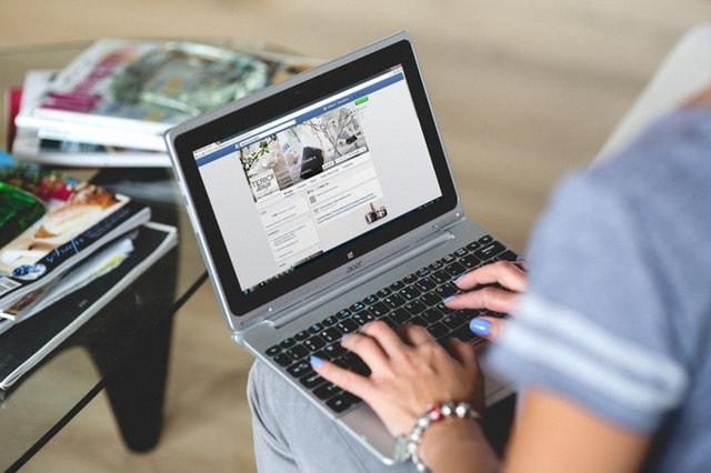 Online Communities Facebook Groups