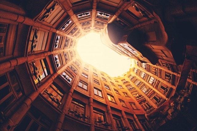 Online Photo Storage Apartment