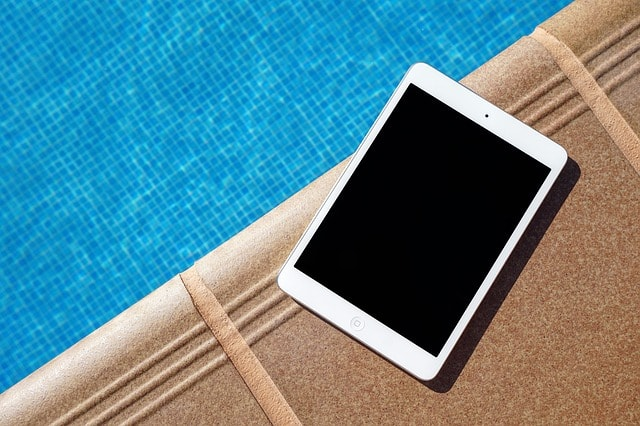 Pool Cleaning Service Tablet