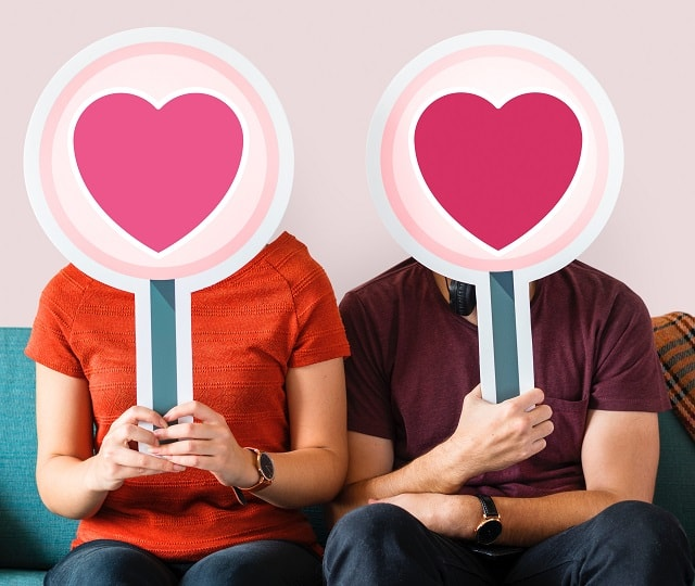 Social Media Ideas For Restaurants Sweethearts Sitting On Couch