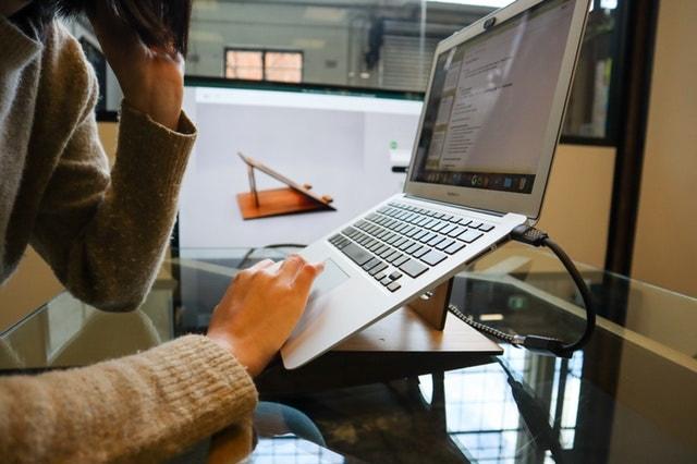 Website Maintenance Services Laptop Docking Station