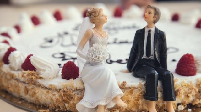 Wedding Checklist Cake